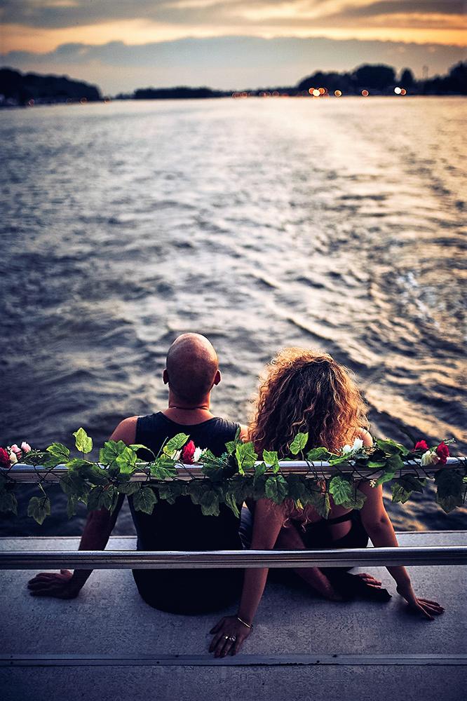 snajka_young_couple_iznajmljivanje brodova
