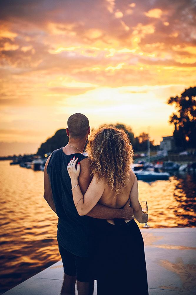 snajka_young_couple iznajmljivanje brodova